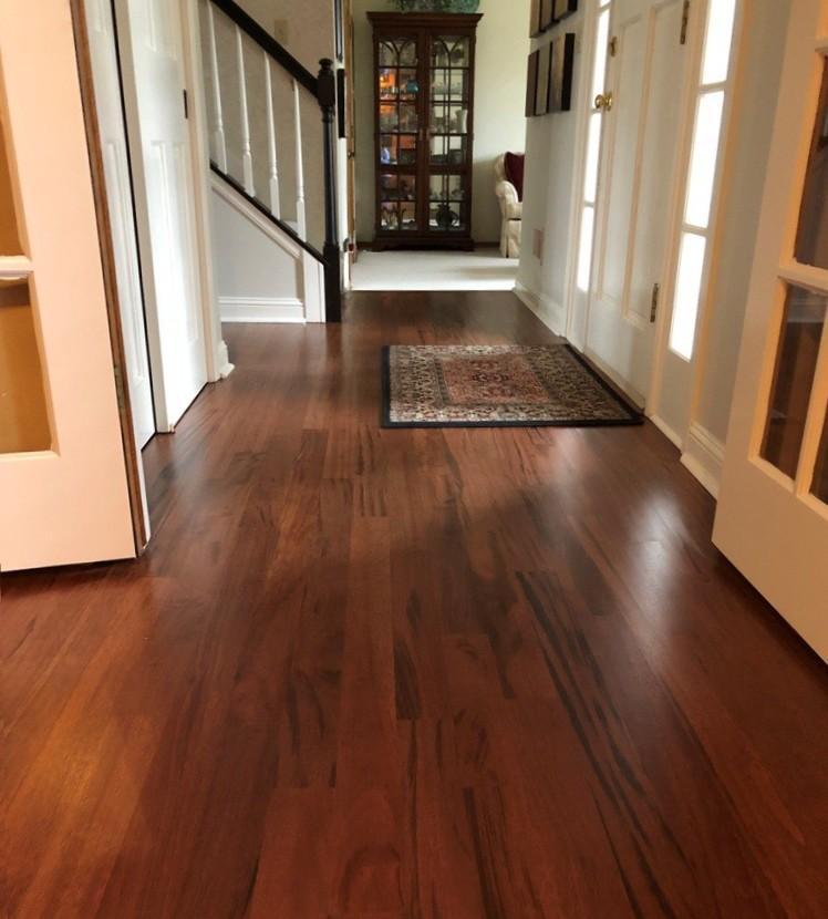 Hardwood floor refinishing Milwaukee